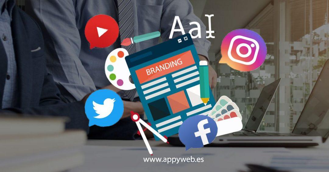 Todas las estrategias que lleves a cabo en tus redes y campañas deben partir de la misma base visual, respetando los colores, logotipos y diseños que has establecido para tu marca